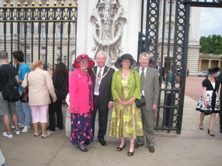Royal Garden Party12